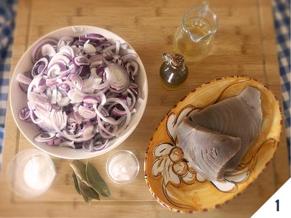 ingredienti tonno e cipollata in agrodolce
